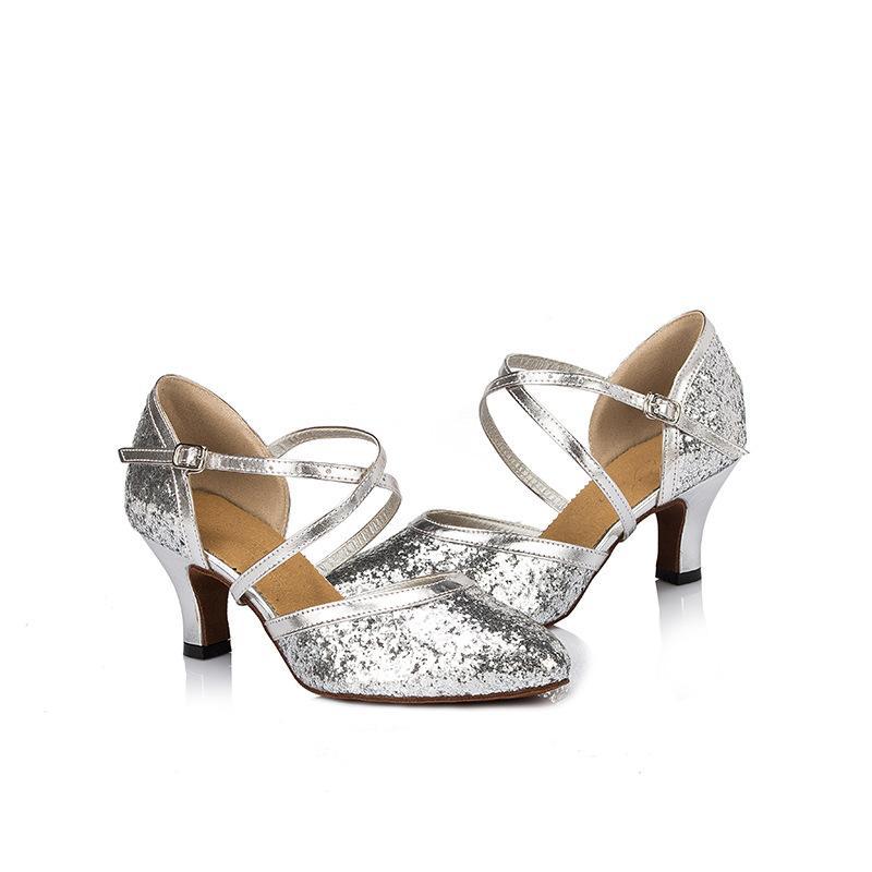 Chaussures tendances femme 3354016