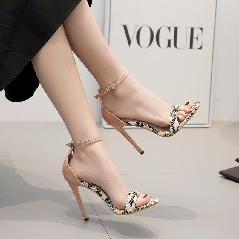 Chaussures tendances femme 3354203
